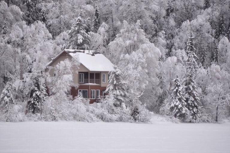 雪が降る♪英語で言うと?日本の雪景色を英会話で表現してみよう。