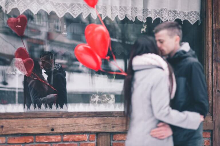 バレンタインデーに恋人や好きな人に贈る英語のメッセージ30選!